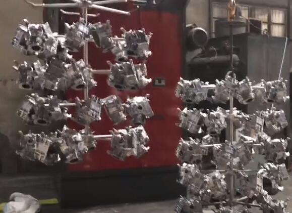 汽车配件吊钩式抛丸机